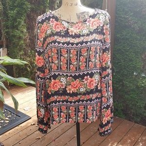 Romeo & Juliet Couture floral print open back top